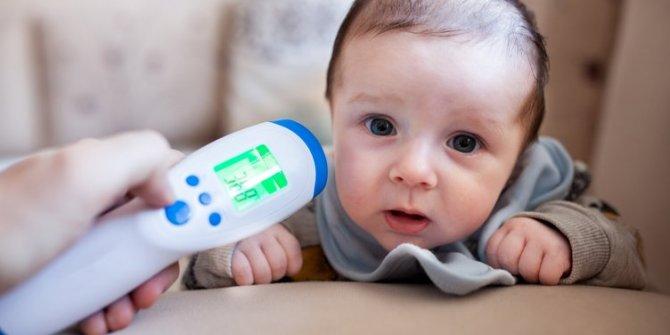 Bebeklerde üşütme ve soğuk algınlığı nasıl geçer?