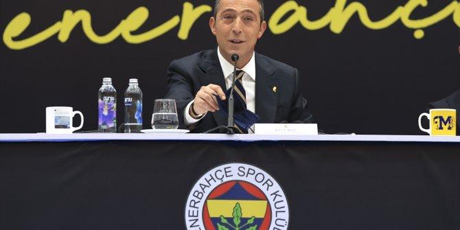 Mesut Özil'in imza töreninde Ali Koç gazetecilerle böyle dalga geçti