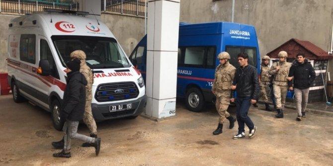 Tatvan'da kaçak göçmenler yakalandı