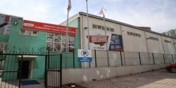 CHP'li Esenyurt Belediyesi'nin spor salonlarına el konuldu