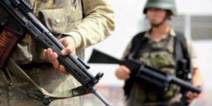 PKK'lı teröristler askeri üs bölgelerine saldırdı