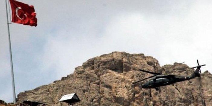Hakkari'de 4 askeri üs bölgesine saldırı!