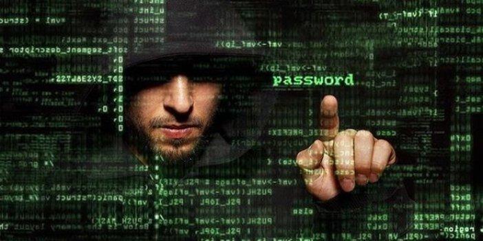 Türk hackerlardan Fitch'e tehdit
