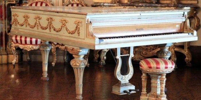 """Şendil, """"Atatürk'ü bırak piyanoya bak..."""""""