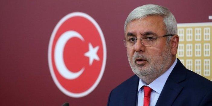 AKP'li Metiner, Davutoğlu'na sert çıktı Barzani'yi savundu