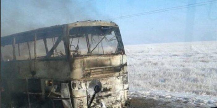 Kazakistan'da yolcu otobüsü yandı: 52 ölü