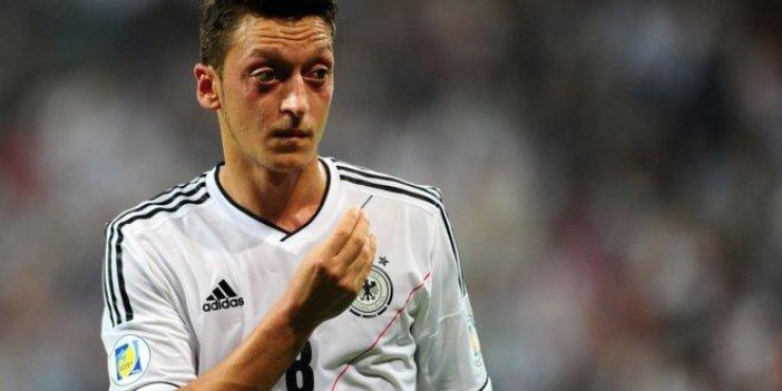 Bayern Münih Başkanı Hoennes'ten Mesut'a ağır sözler