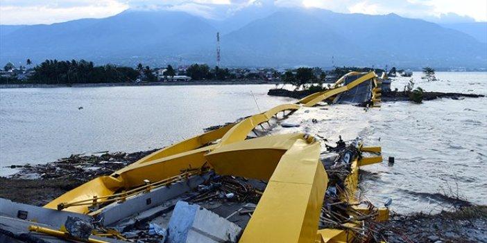 Endonezya'da ölü sayısı bin 203'e yükseldi