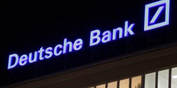 Deutsche Bank'ın değer kaybı rekora koşuyor