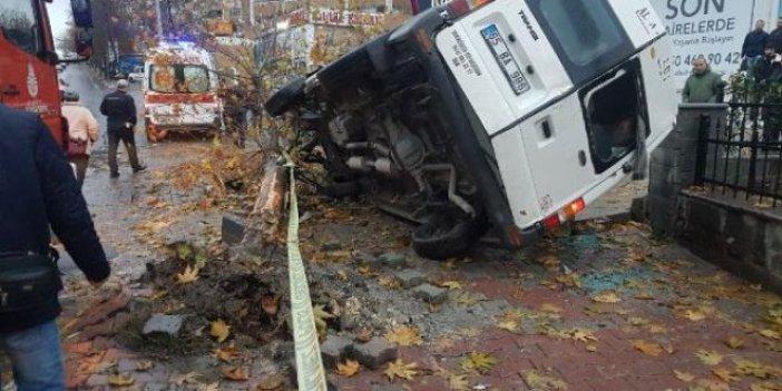 Servis aracı kaza yaptı:14 yaralı