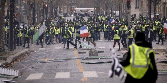 Fransa'da polisten sarı yeleklilere destek