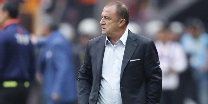 Galatasaray'da taşlar yerinden oynayacak