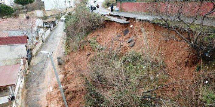 """Sarıyer'de yol çöktü: """"Belediye para yok diyor"""""""