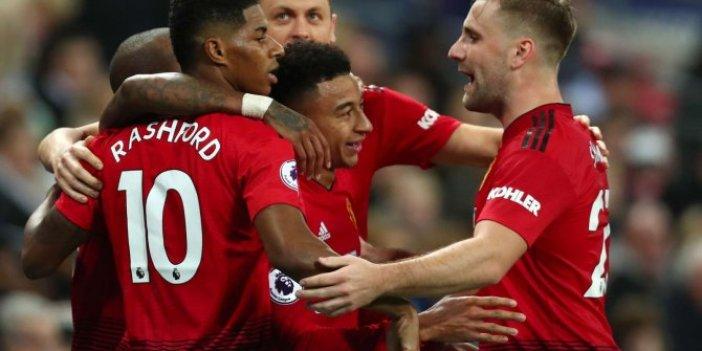 Manchester United, De Gea ile kazandı
