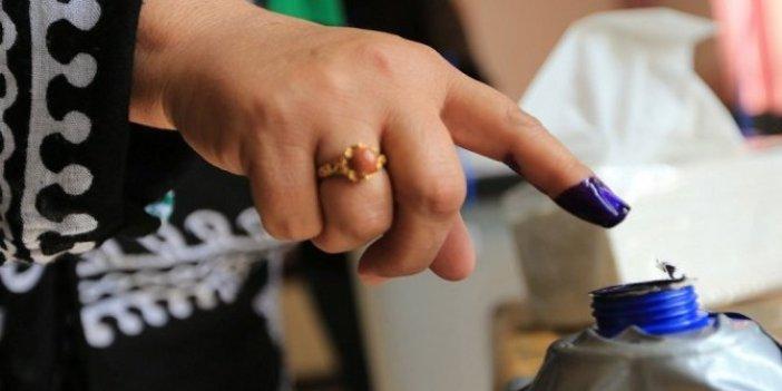 İYİ Parti'den 'parmak boyası' için kanun teklifi!