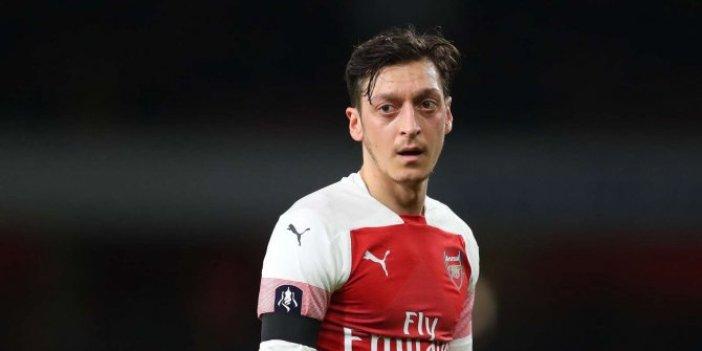William Gallas: Mesut Özil, sadece oynamak istediğinde oynuyor