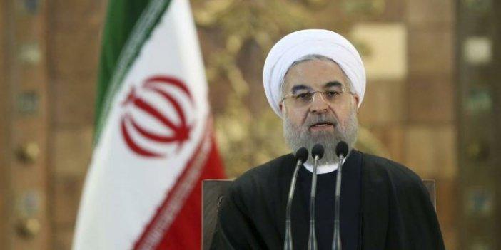 Ruhani, Cevad Zarif'in istifasını kabul etmedi