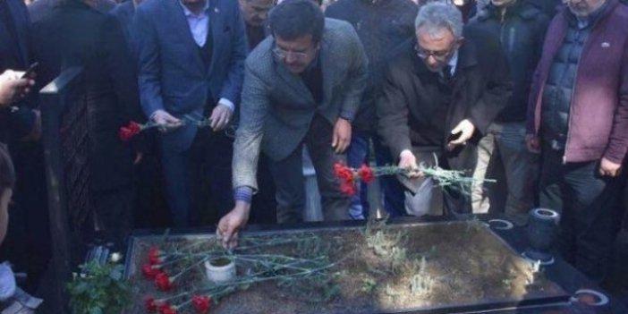 Zeybekci ve HADEP'li Metiner, Çakıroğlu'nun mezarına gitti