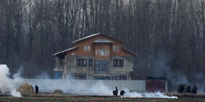 Keşmir'de silahlı çatışma: Ölü ve yaralılar var
