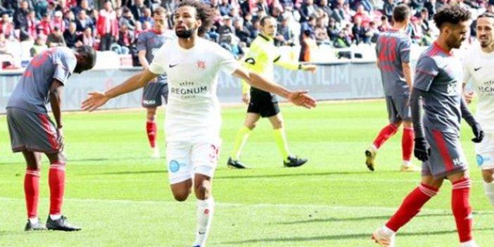 Sivasspor: 1 Antalyaspor: 2