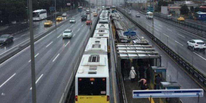 İstanbul'da metrobüs kazası! Yaralılar var