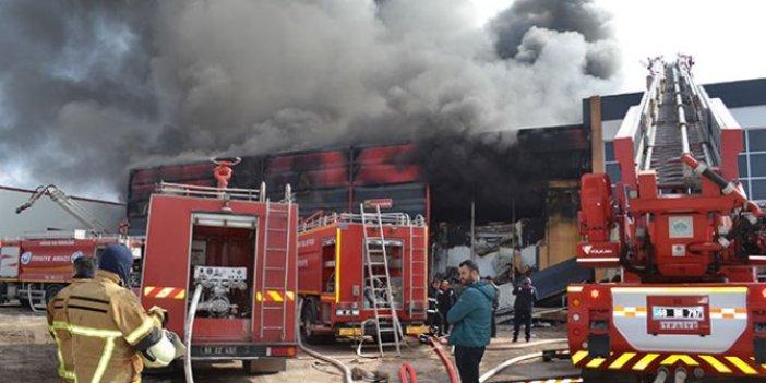 Sucuk fabrikasında yangın