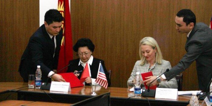 ABD'ye kaçırdığı 4.6 milyon dolar Kırgızistan'a iade edilecek