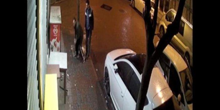 Hırsızların kaçarken düşürdüklerini yoldan geçen vatandaş aldı