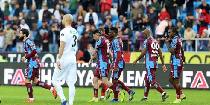Trabzonspor, Akhisarspor'u geriden gelerek yendi: 2-1