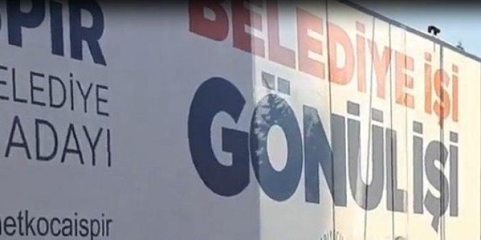 Hastane yerine AKP afişi