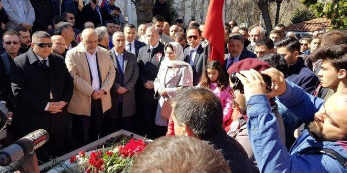Yavaş, Yazıcıoğlu'nun kabrini ziyaret etti