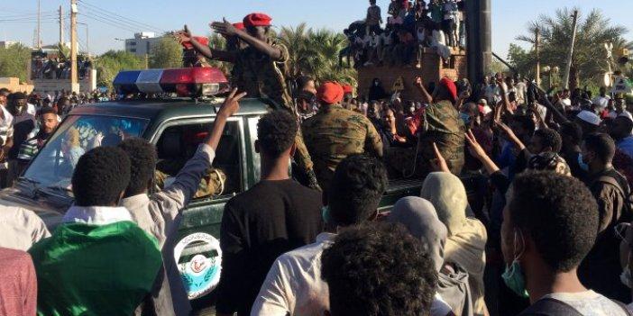 Sudan'da Devlet Başkanı Beşir tutuklandı!