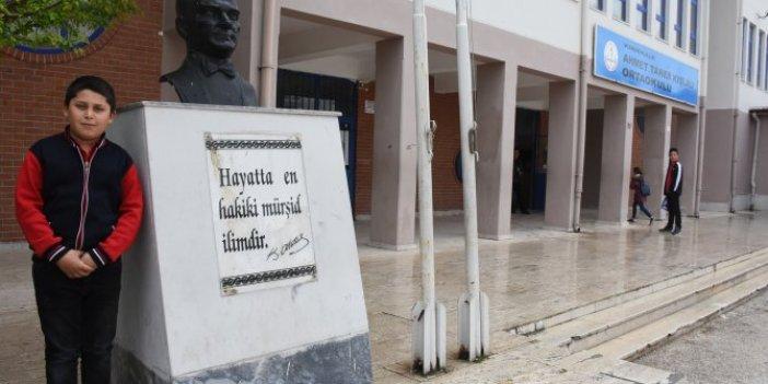 Ortaokul öğrencisinden Atatürk sevgisi