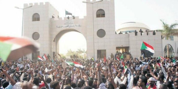 Sudan'da muhalefetten 'gösterilere devam' kararı