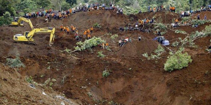 Endonezya'da sel ve heyelan: 12 ölü