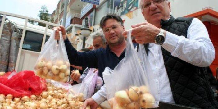 5 ton kuru soğan 1 saat içinde tükendi
