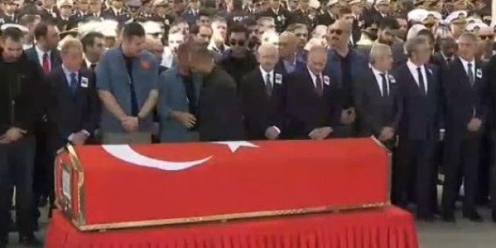 Şehit Yüzbaşı Özdemir son yolculuğuna uğurlandı