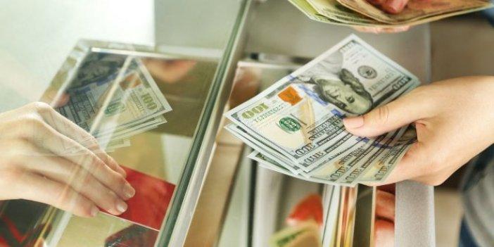 """""""Kamu bankaları TL'deki düşüşü durdurmak için gece 1 milyar dolar sattı"""""""