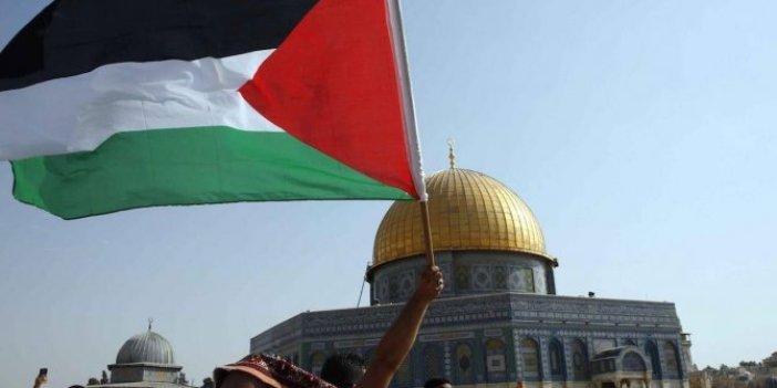 İran'dan Filistin'e referandum çağrısı