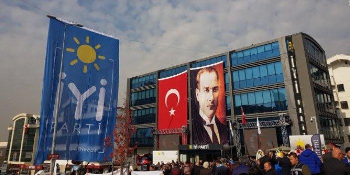 İYİ Parti'nin demokrasi çadırına Emniyet engeli