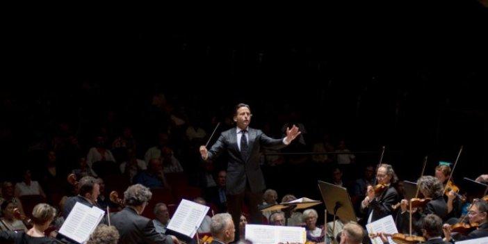Avrupa'nın en çok davet alan orkestrası İzmir'de