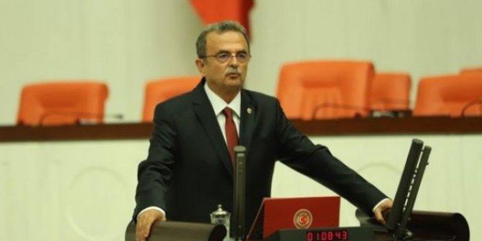 """""""Atatürk'ün adı toplumsal hafızadan silinmek isteniyor"""""""