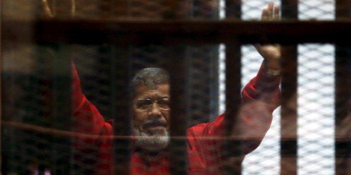 Mursi toprağa verildi
