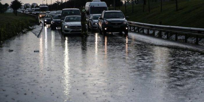 Meteoroloji'den yurt genelinde sağanak yağış uyarısı