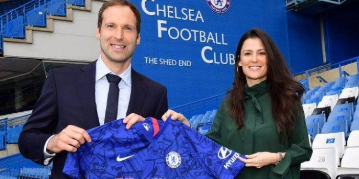 Petr Cech Chelsea'ye döndü