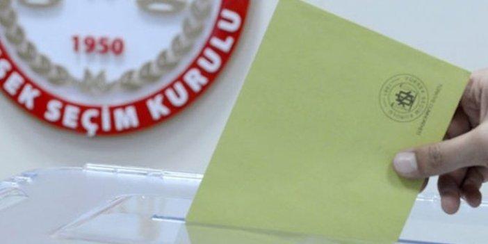 Üsküdar'da zarfların üzerinde milletvekili seçimi mührü vuruldu iddiası