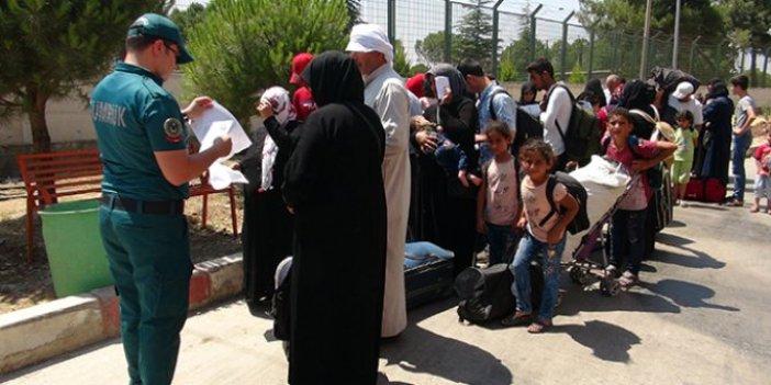 Suriyeli sığınmacıların 'tatil dönüşü' sürüyor