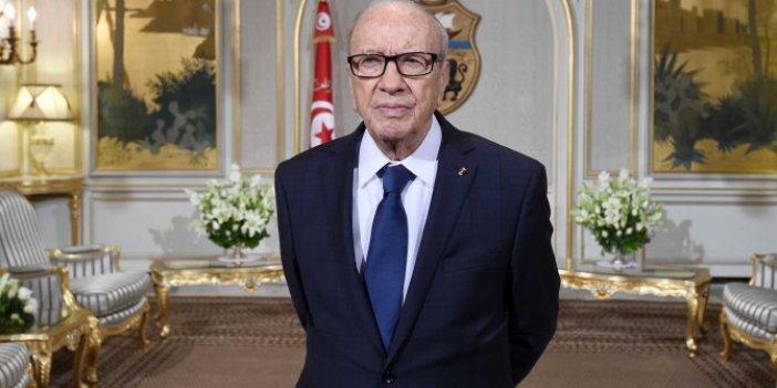 Tunus Cumhurbaşkanı hastaneye kaldırıldı