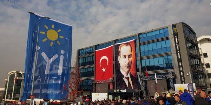 Cihan Paçacı'dan AKP'ye FETÖ tepkisi