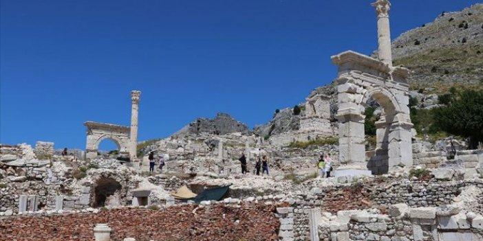 Sagalassos Antik Kenti'ne ziyaretçi akını